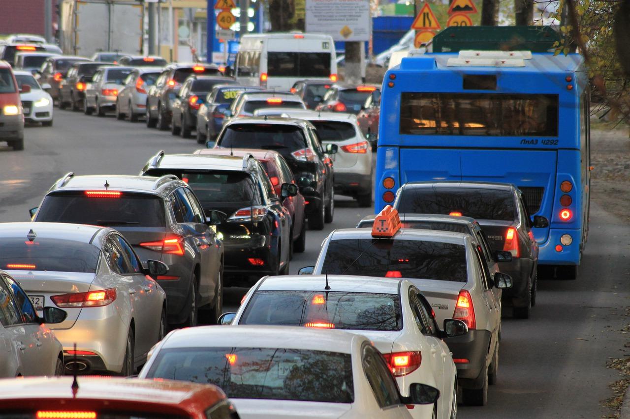 Почему российские водители стали ездить меньше