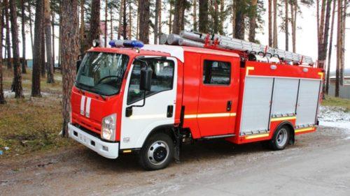 Пожарный автомобиль с двухъядерной кабиной на шасси ISUZU ELF