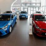 При падении спроса машины в РФ продолжают дорожать