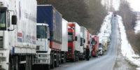 Садясь за руль грузовика зимой