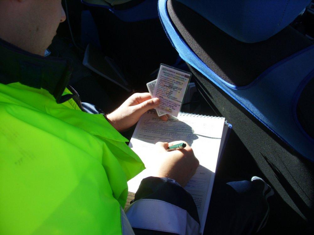 Эксперт Необходимо ужесточить ответственность за необоснованные штрафы автовладельцам