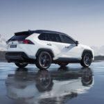 Покупатели в США недовольны гибридной Toyota RAV4