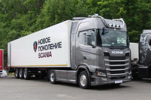 S индекс Scania и Mercedes поделили