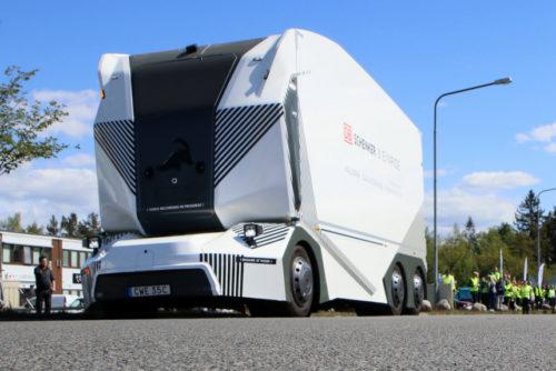 Шведский беспилотный грузовик T-Pod