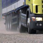 Эксперты об ущербе для дорог от перегруза