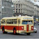 История автобусов на улицах Москвы