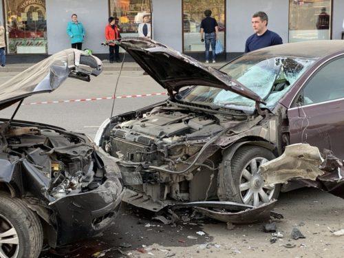 Опасно врезаться в машину со страховкой каско