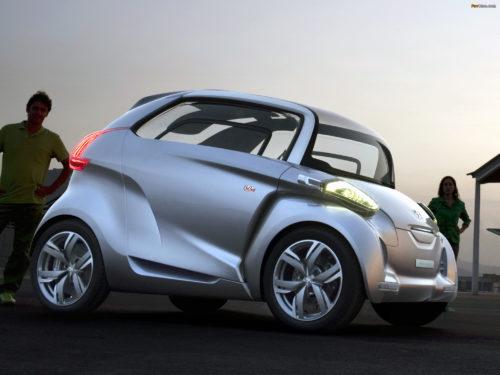 Peugeot - первый в мире серийный электромобиль