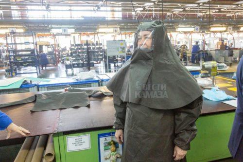 К выпуску противоэпидемических костюмов приступил «КамАЗ»