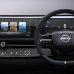 Nissan против планшетов в салоне