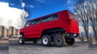 Микроавтобус Ford стал шестиколёсным