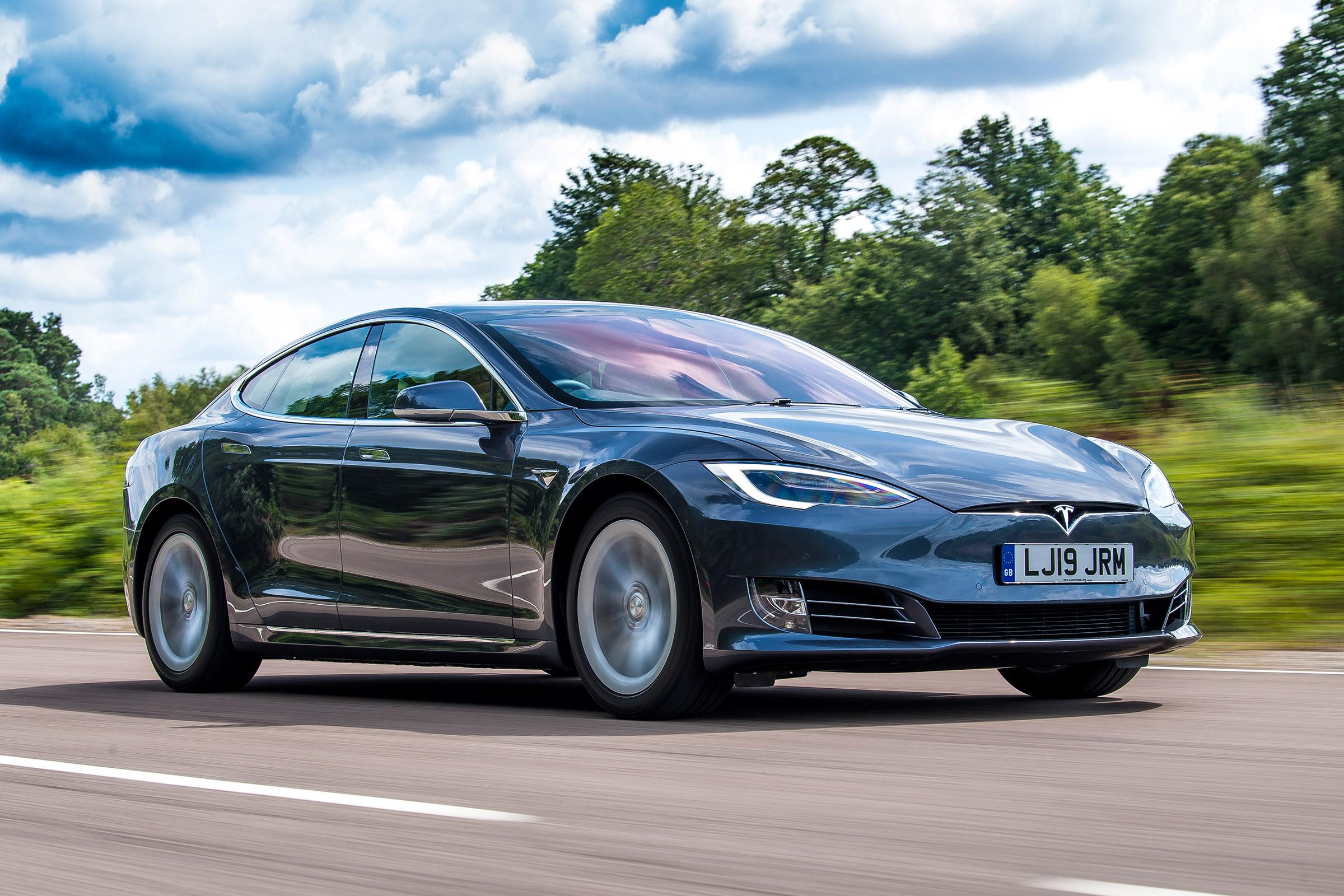 Tesla Model S самый дальнобойный электромобиль