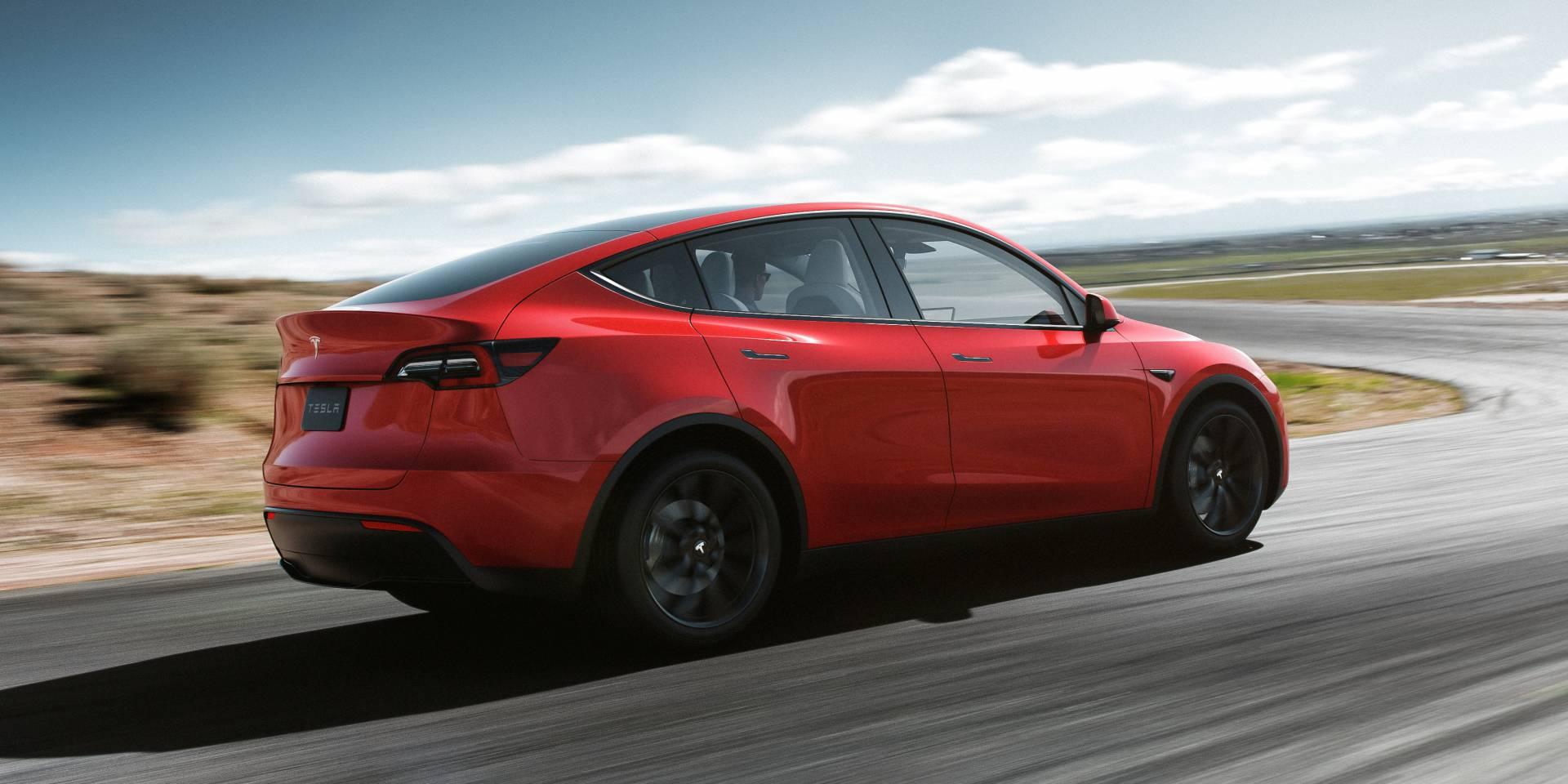 Tesla Model Y ставит третий ряд сидений