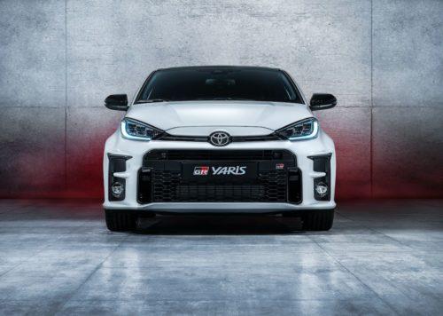 Toyota принимает заказы на GR Yaris