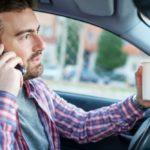 Что чаще всего отвлекает водителей и приводит к авариям