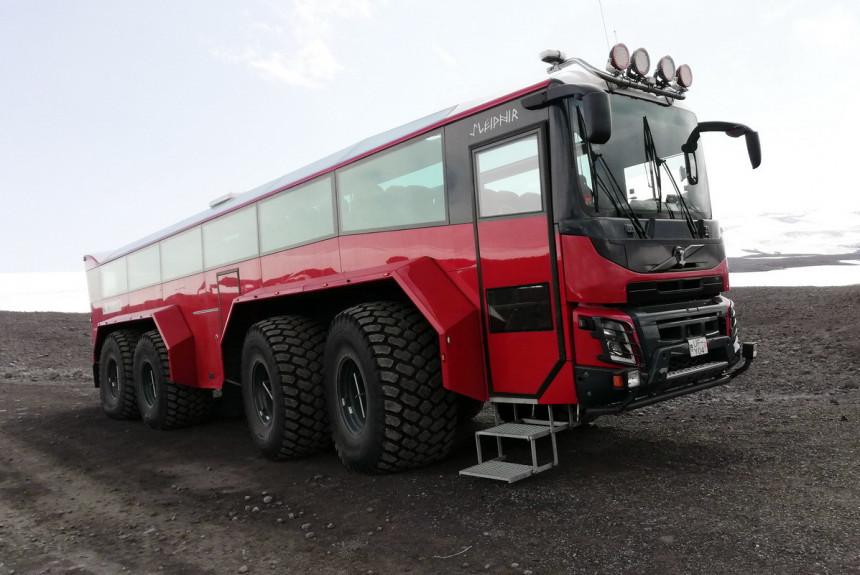 Палитра автобусов-вахтовиков в разных странах