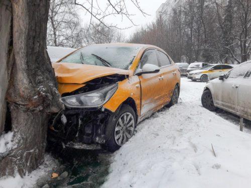 Агрегатор такси из Китая вышел на рынок России