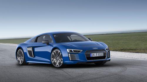 Audi ТТ и R8 превратят в электромобили