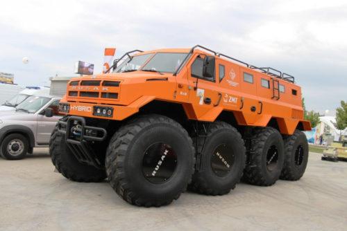 Колесные вездеходы на выставке Армия-2020