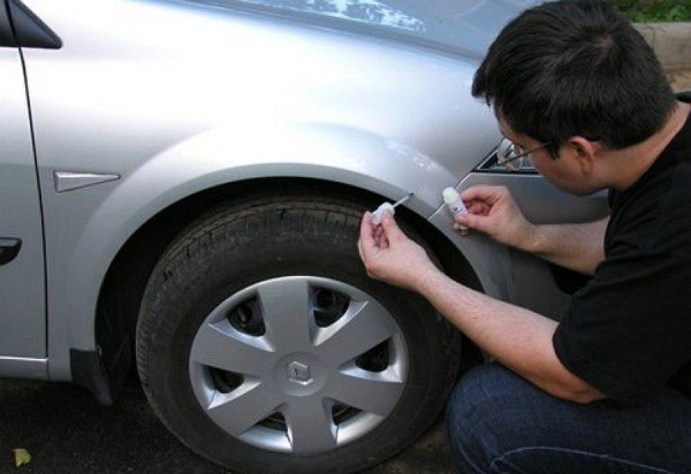 Способ самостоятельно убрать сколы с кузова автомобиля