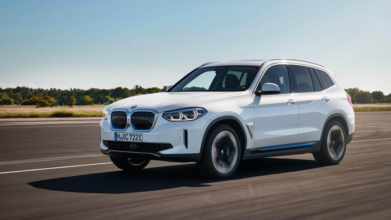 BMW выпустит массу электрокаров