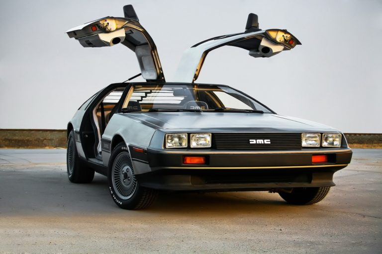Delorean DMC 12 - самый загадочный автомобиль XX века