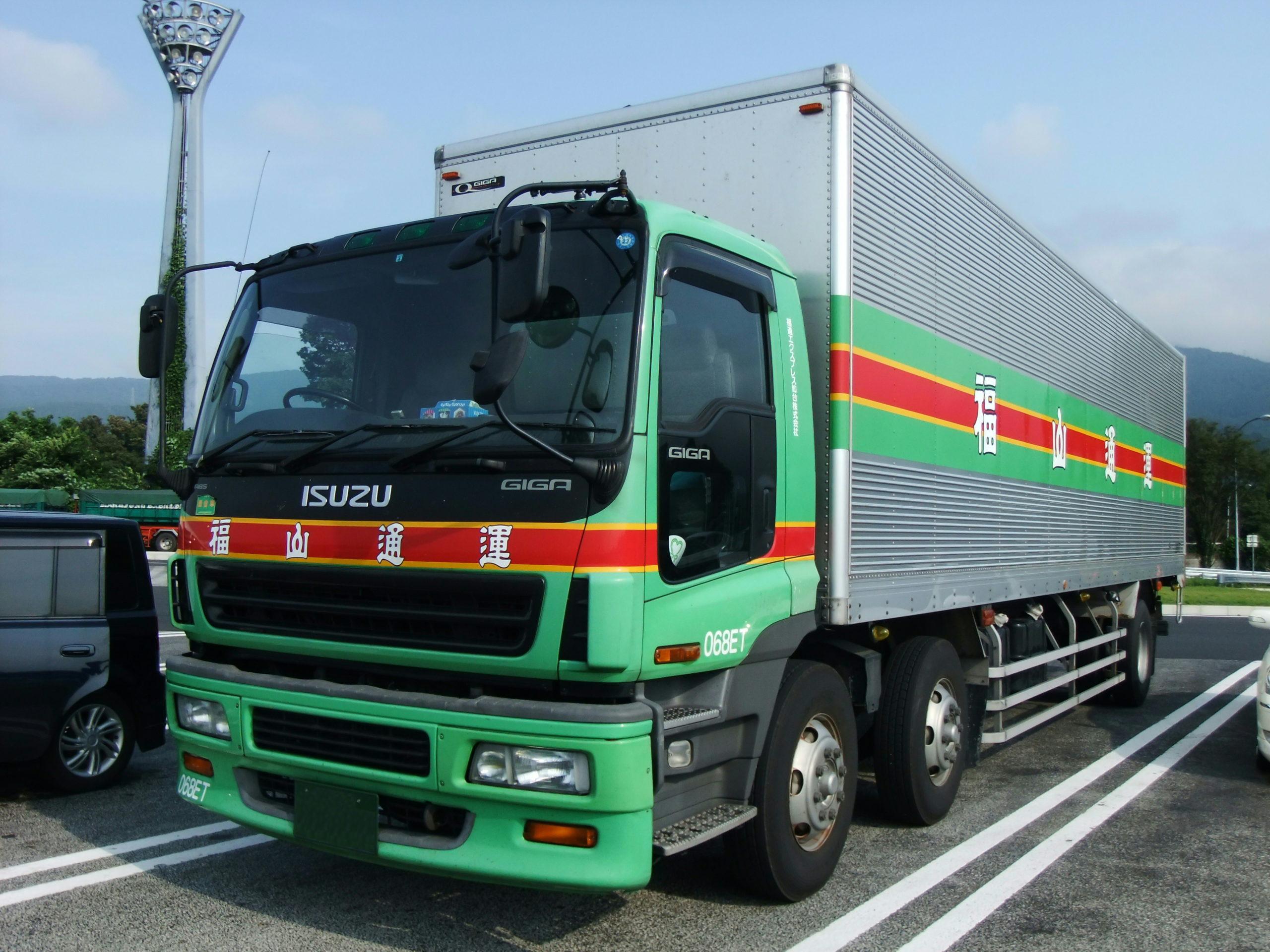 Isuzu - самый популярный японский грузовик