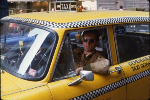 На вызов приезжают подложные машины - опасное такси