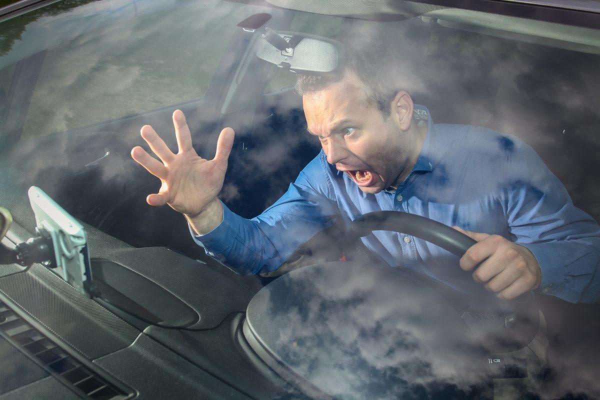 Практически все водители верят в эти приметы
