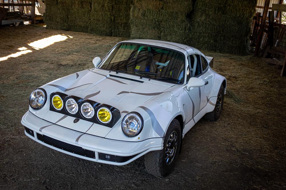 Уникальный Porsche 911 Safari для бездорожья