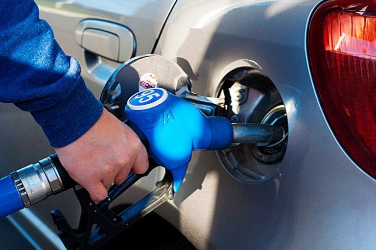 Причины отказа российских водителей от 95-го бензина