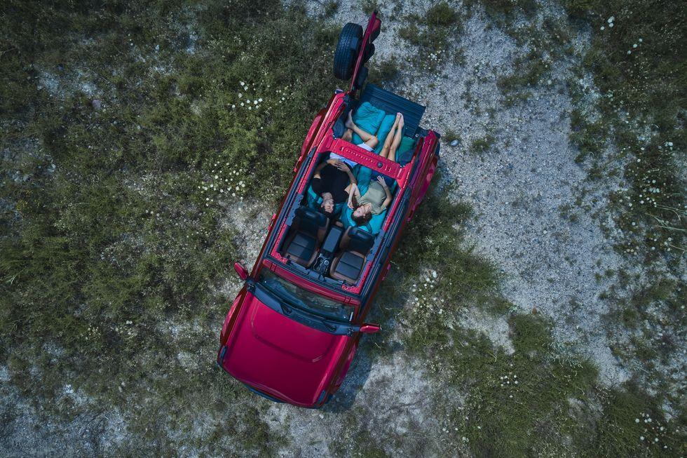 Ford Bronco - спать стало удобнее
