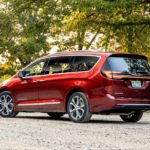 Семейный минивэн  Chrysler Pacifica AWD 2021
