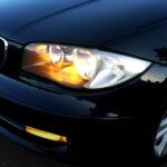 В автомобильные фары раньше заливали цветную жидкость – зачем это было нужно