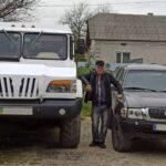 Умелец на базе «Шишиги» построил 7–местный внедорожник