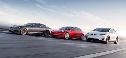 Портрет российских владельцев электрокаров Tesla