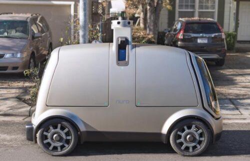 Автомобиль Nuro без руля и педалей