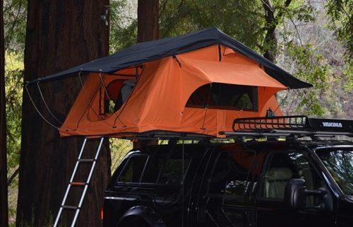 Автомобильные палатки и их особенности