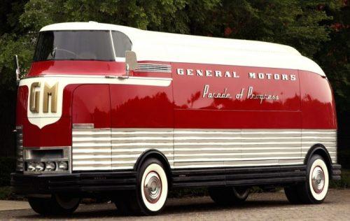 GM Futurliner - «Автобус из прошлого» за 4 млн долларов