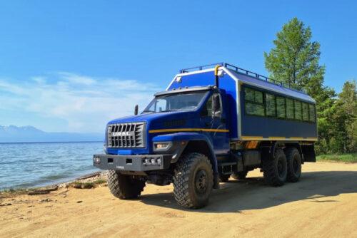 Урал — автомобиль для туристической вахтовки