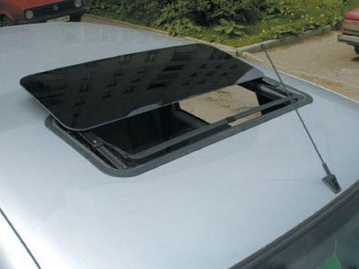 Авто с люком в крыше  - стоит ли покупать