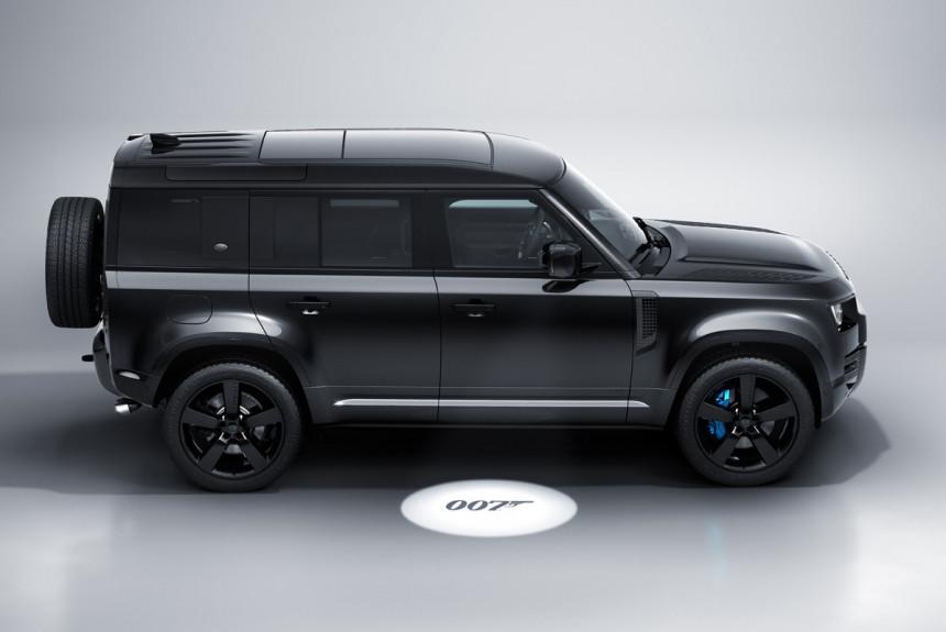 Land Rover и Aston Martin появятся в новом фильме про агента 007