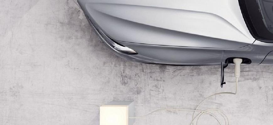 Подключаемые гибриды Volvo Recharge 60 Series и 90 Series