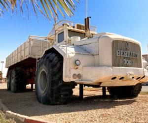 Корабль в пустыне - Berliet T100