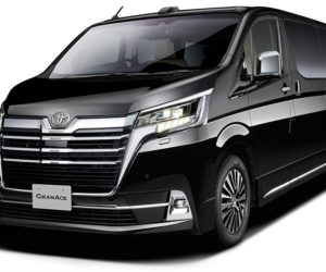 Новый минивэн Toyota Gran Ace