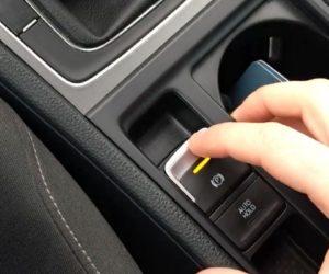кнопки в автомобиле требуют большой осторожности