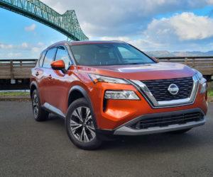 Кроссовер Nissan Rogue SV 2021