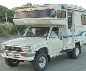 Автодом Toyota Hilux 4x4 Camper